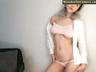 Amazing, Blonde, Bra, Model, Natural Tits, Panties, Ponytail, Sexy, Solo, Webcam,