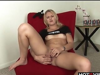 Blonde, Fingering, Jerking, Masturbation, Model, Natural Tits, Panties, Pussy, Shaved Pussy, Solo,