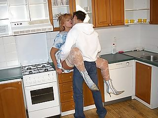 Fucking, Horny, Housewife, Kitchen,